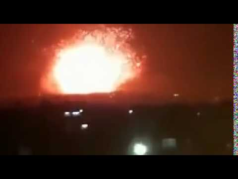 huge explosion at 47 Brigade arms depot in #Hama (видео)