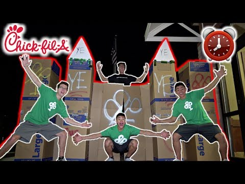24 HOUR OVERNIGHT CHALLENGE IN CARDBOARD CASTLE!! AT CHICK-FIL-A!! (видео)