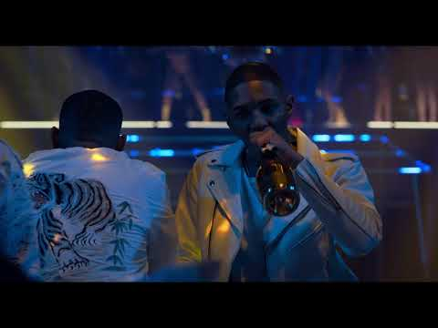 SUPERFLY 2018 movie : what's the name of this sng in the background?