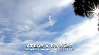ロケットの振動に大気が震える。ロケットが空中に描いた円形に広がる波紋が、虹(彩雲)を消していく様子がわかる映像