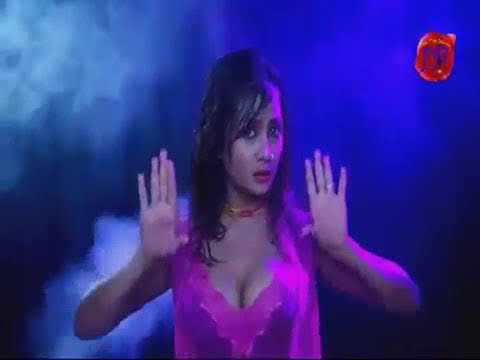 22. Hot Song : Lelo Raja Badiya Doodh in Dancing with Big Tight Boobs / लेलो राजा ताज़ा ताज़ा दूध