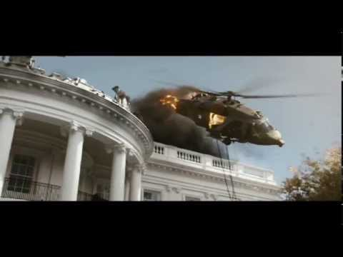 """WHITE HOUSE DOWN - """"Theres A Friendly On The Roof"""" - On Blu-ray and DVD"""
