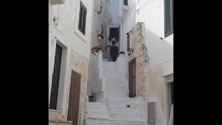 Ostuni Italy  City pictures : Visit and Tour the White City of Ostuni, Italy