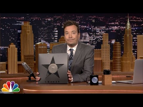 Jimmy Fallon Pays Tribute to David Bowie