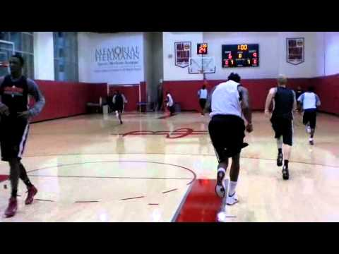 Houston Rockets first 2011-12 Practice (Final 5 Minutes)