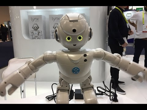 WEIRD ROBOTS and AI at CES 2018 | What's Trending Now! (видео)