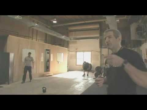 spartan - The workout clip from the actors who prepared for 300. Article on http://armchairathlete.blogspot.com/2007/03/fit-for-king.html.