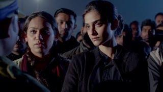 Nonton Dhanush S Popularity Among Sonam Kapoor S Friends   Raanjhanaa Film Subtitle Indonesia Streaming Movie Download