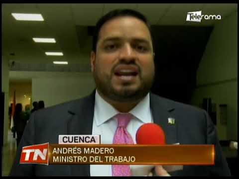 Ministro de trabajo cumple agenda en la capital azuaya