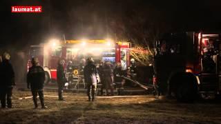 Video Großeinsatz der Feuerwehr bei Wohnhausbrand in Kallham MP3, 3GP, MP4, WEBM, AVI, FLV Mei 2018