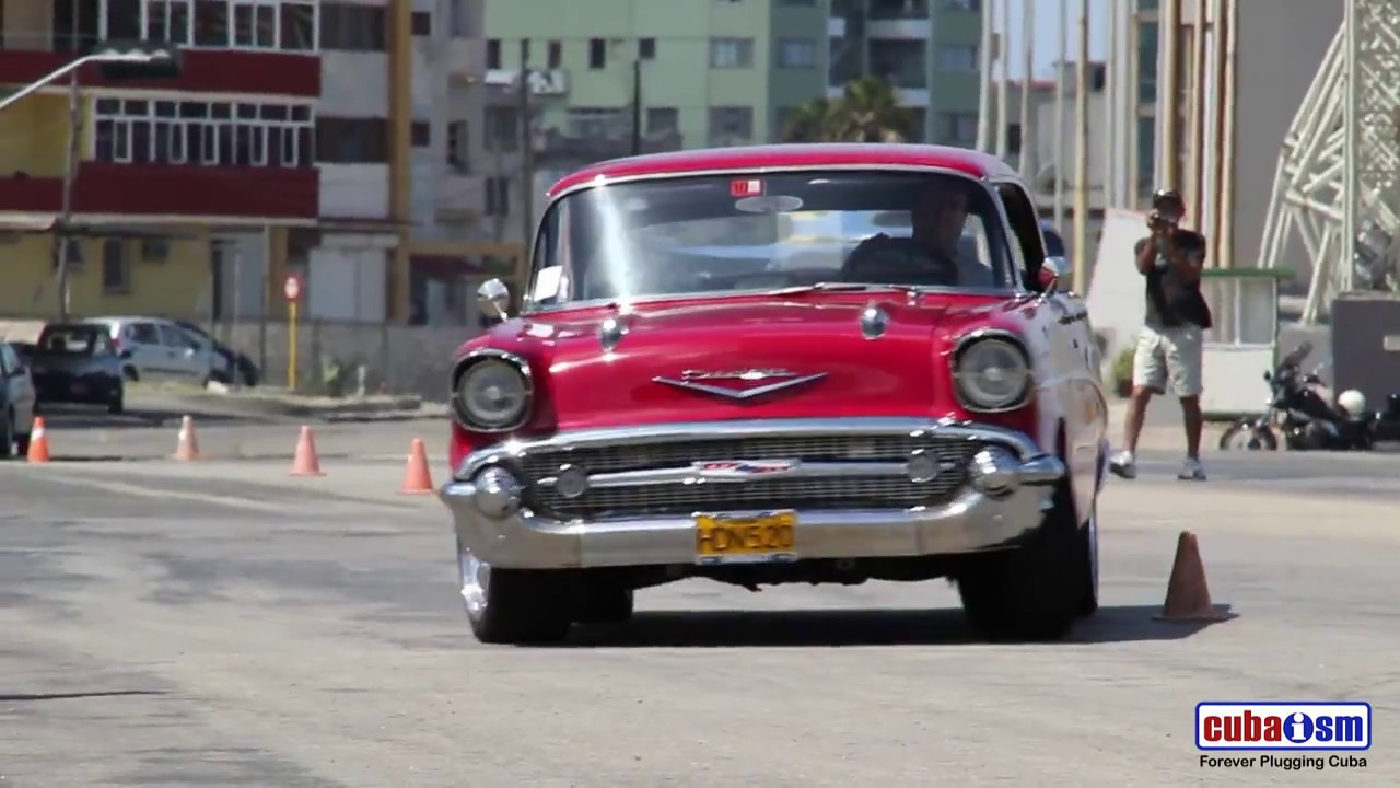 Cuba Classic Car - Driving Skills Competition - 061v01