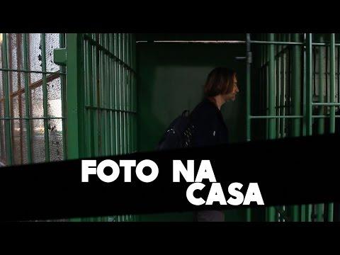 Fotógrafo Klavdij Sluban realiza projeto fotográfico com jovens presos