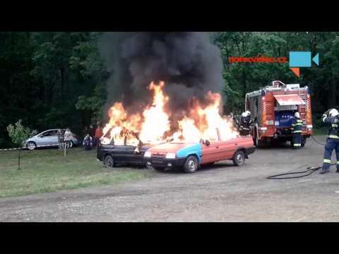 Ukázka hašení aut