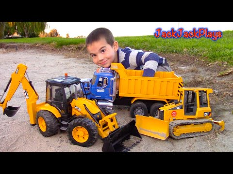 Video Bruder Toy Trucks for Kids - UNBOXING JCB Backhoe - Dump Truck, Tractor Loader, Bulldozer download in MP3, 3GP, MP4, WEBM, AVI, FLV January 2017