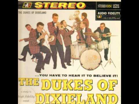 Dukes Of Dixieland: Clarinet marmalade online metal music video by THE DUKES OF DIXIELAND (1951)