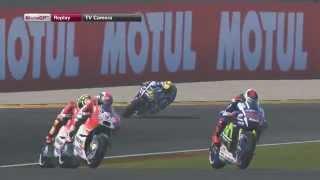 Video MotoGp Valencia Performa Valentino rossi star paling belakang seri ke 18 GAME PC MotoGP15 TV Camera MP3, 3GP, MP4, WEBM, AVI, FLV September 2018