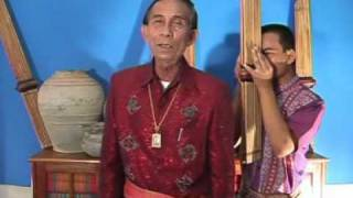 Video Morlum Tongjaleurn and Morlum Bounswong1 MP3, 3GP, MP4, WEBM, AVI, FLV Agustus 2018