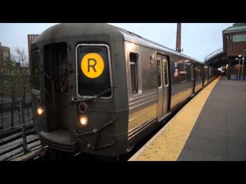 MTA NYC Subway - R68 N Train turns into SchoolCar (видео)