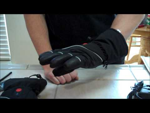 Un Boxing and Review of Shark's new Rechargeable Heated Gloves!