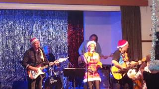 Amazing Music, Amazing Food, Amazing Company! That's what Christmas in July is all about @ The Paradise Hotel Visit Norfolk...