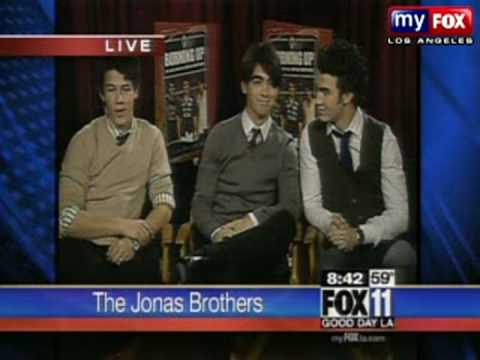 The Jonas Brothers on Good Day LA * Who Are you dating?