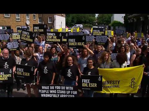 Παγκόσμιες αντιδράσεις για τις συλλήψεις μελών της Διεθνούς Αμνηστίας στην Τουρκία