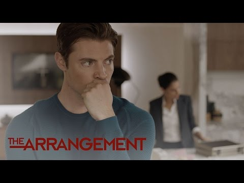Will Kyle West Get a Gun to Protect His Home? | The Arrangement | E!