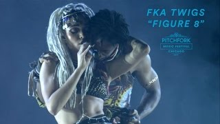 "Nonton FKA twigs Performs ""Figure 8"" 