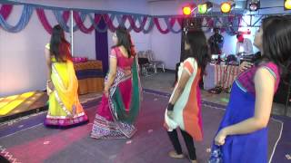 Group Bole Chudiyaan Bole Kangna Video