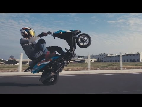 Scooter Stunts