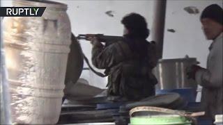 Армия САР ведет бои против боевиков в Дамаске