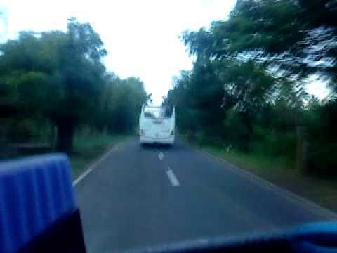 balapan bus mengejar asyaco