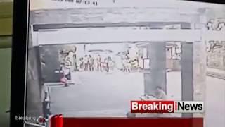 Download Video Rekaman CCTV Detik-detik Bom Meledak di Gereja Santa Maria Tak Bercela - Breaking News 13/05 MP3 3GP MP4