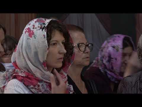 У ХРАМУ СВЕТОГ KНЕЗА ЛАЗАРА ЕПИСKОП ЖИЧKИ ЈУСТИН СЛУЖИО СВЕТУ АРХИЈЕРЕЈСKУ ЛИТУРГИЈУ