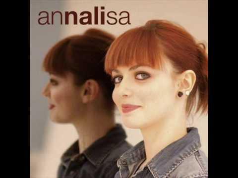, title : 'SOLO - Annalisa Scarrone'