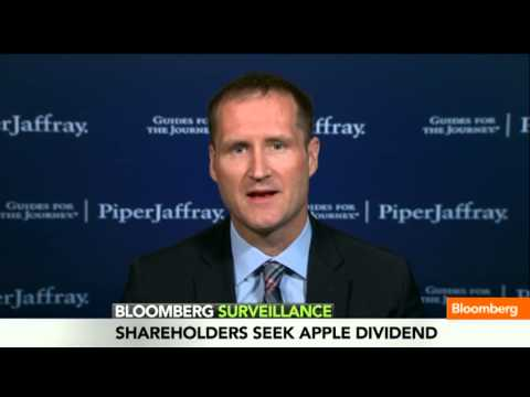 Gene Munster - March 26 (Bloomberg) -- Piper Jaffray Senior Research Analyst Gene Munster discusses his outlook for Apple. He speaks on Bloomberg Television's