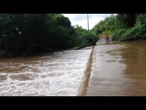 Chuva em Ipueiras, ceara.escurega .mane vaca.por  kennedy mota