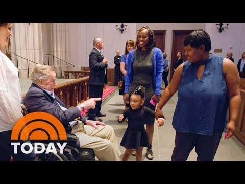 George H.W. Bush Greets Mourners Ahead Of Barbara's Funeral | TODAY