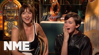 Dakota Johnson & Cailee Spaeny on Chris Hemsworth's chest and Bad Times at the El Royale