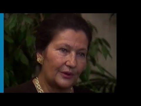 Simone Veil, rescapée de la Shoah, décrit la fin de la guerre à Bergen Belsen