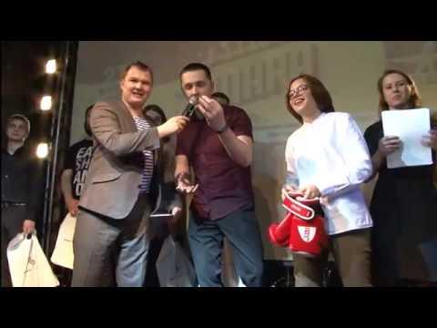 """В самарском Science Slam победил 78-летний ученый с прототипом """"информационных очков"""""""