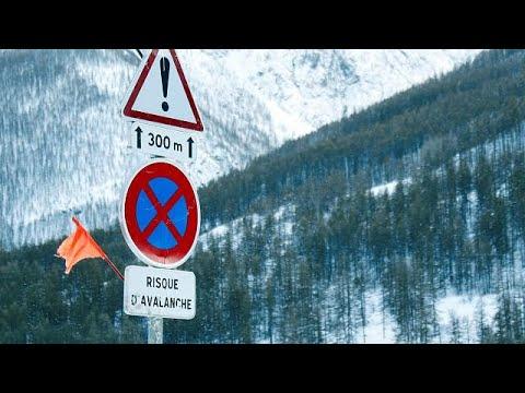 Τρεις νεκροί από χιονοστιβάδα