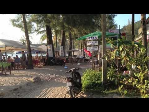 Walking in Kamala Beach (Phuket, Thailand)