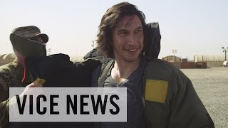 Download Lagu Adam Driver Tries on a Bomb Suit in Kuwait (Extra Scene from 'Arts in the Armed Forces') Mp3