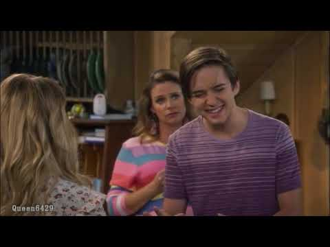 Fuller House 4x08 Jackson drank at the party
