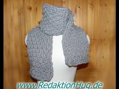 Stricken – Schal im Flechtmuster aus hatnut cool von Pro Lana