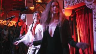 Sofi Tukker - Awoo (feat. Betta Lemme) videoklipp
