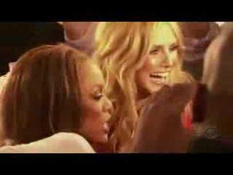 Victoria's Secret Fashion Show 2005 HD 4/5