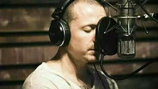 Video Chester bennington recording vocals in the studio (chester grabando voces en el estudio) MP3, 3GP, MP4, WEBM, AVI, FLV Agustus 2018