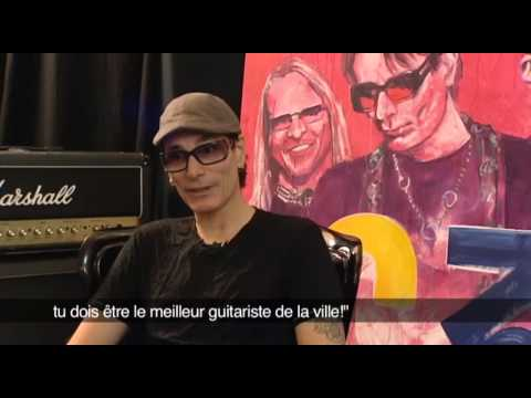 Joe Satriani, Steve Vai et Steve Morse partagent leur passion (видео)